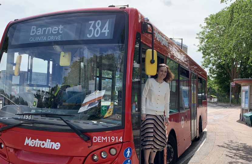 Theresa Villiers MP campaigns to save 384 bus route